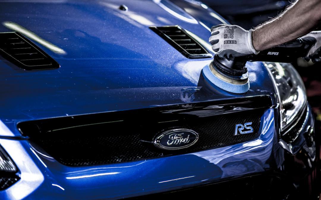 Polerowanie samochodu – diabeł tkwi w szczegółach