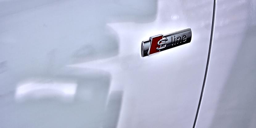 Audi A4 detal s line
