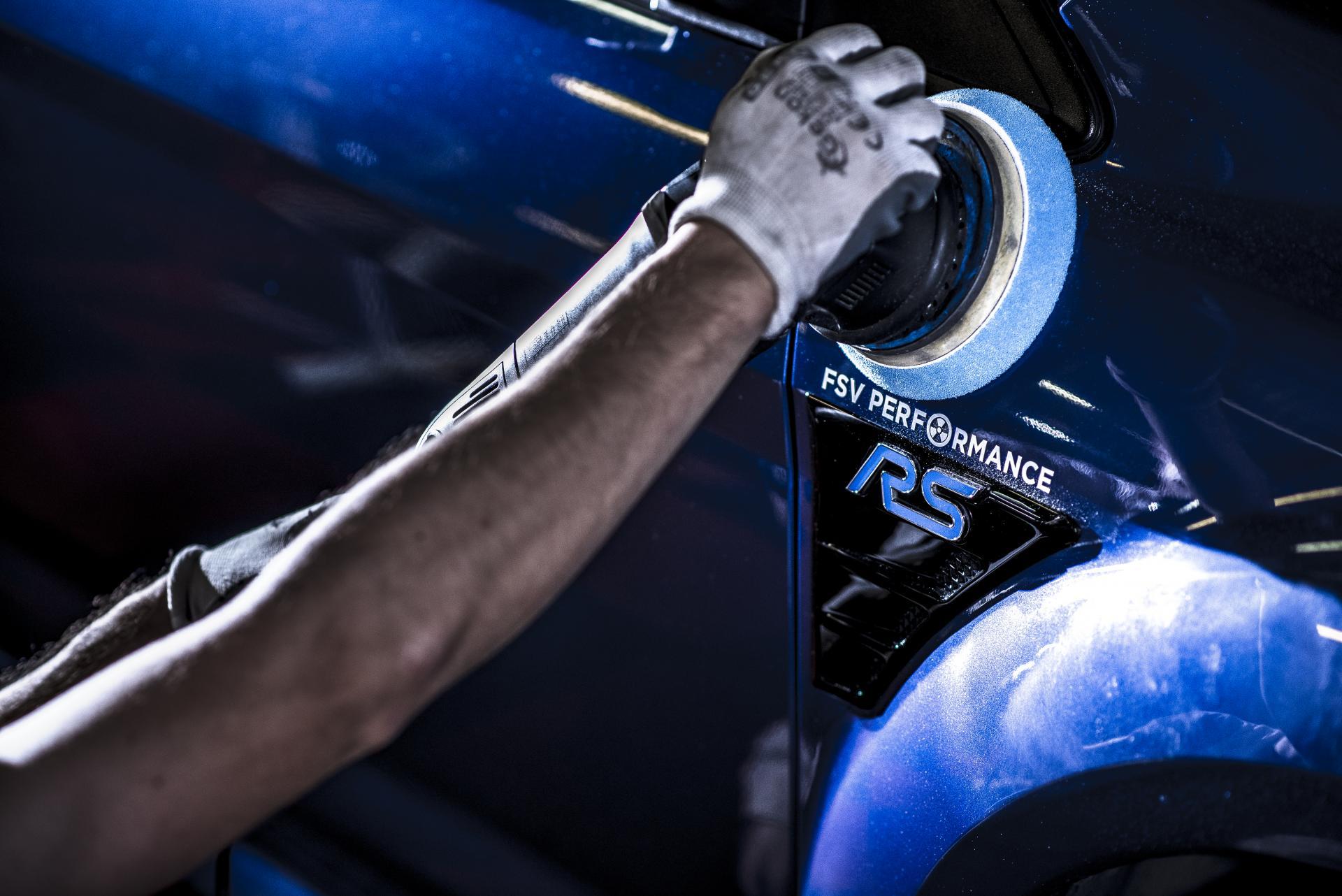Ford Focus II RS usuwanie detal