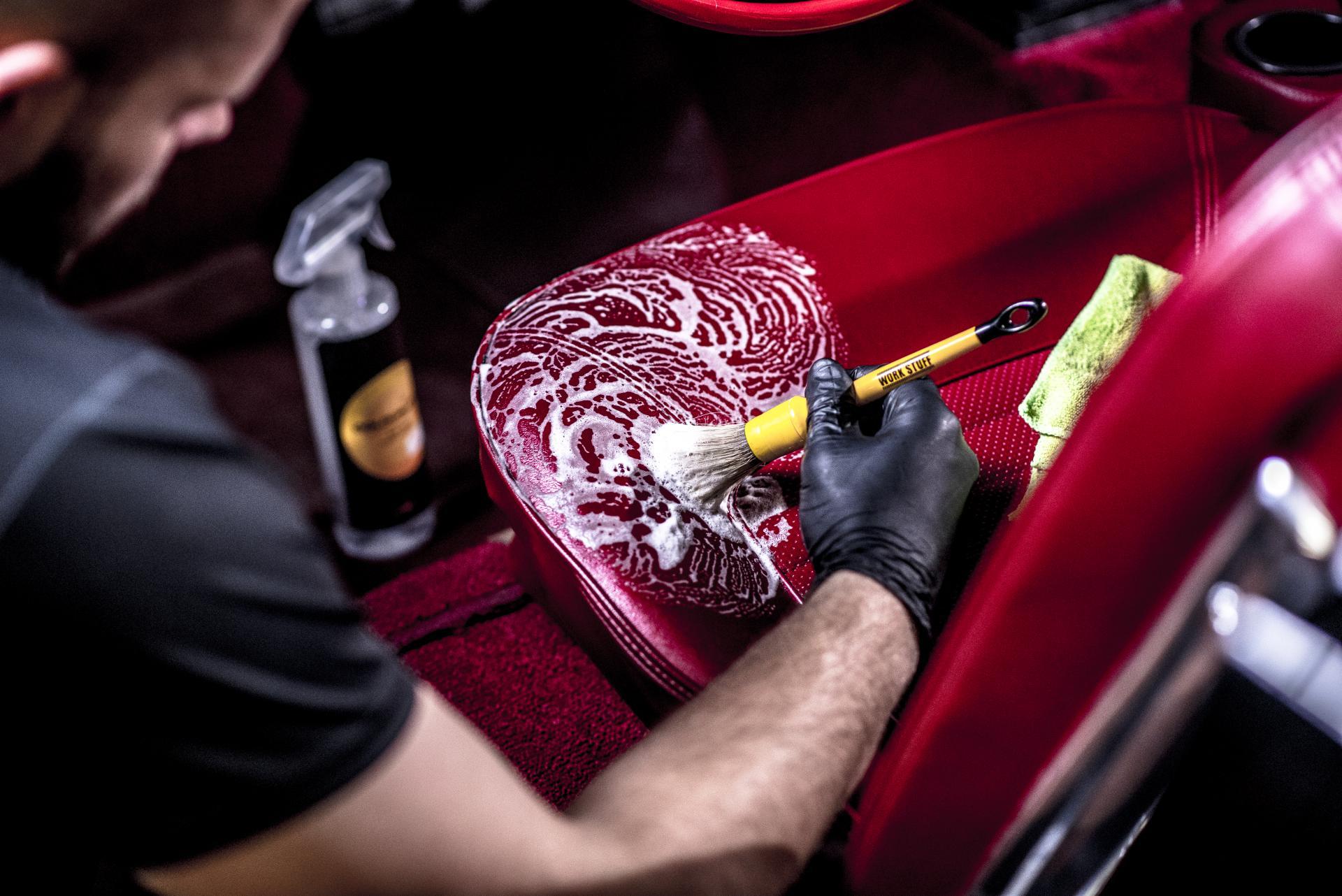 Detailing wnętrza prestige garage